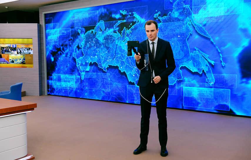 Часть журналистов из кремлевского пула находились в подмосковной резиденции в Ново-Огарево