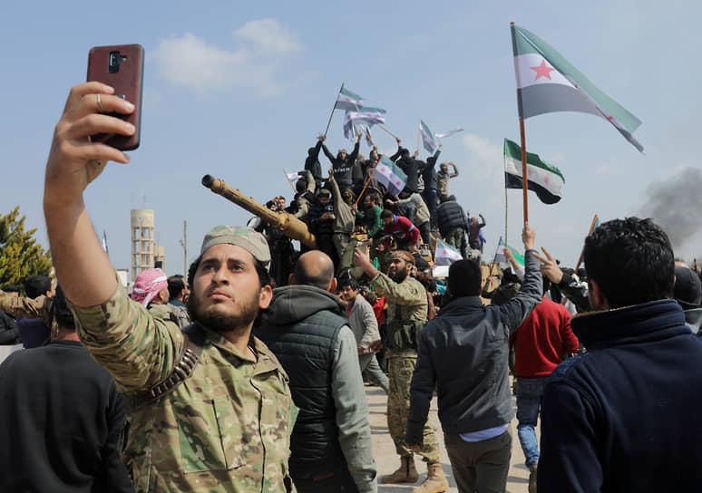 <b>Конфликт в сирийском Идлибе</b><br> 27 февраля Турция развернула против сирийской армии операцию «Весенний щит». Возникла угроза прямого столкновения между турецкими и российскими военными      <br> Заметность события: 7 976,9