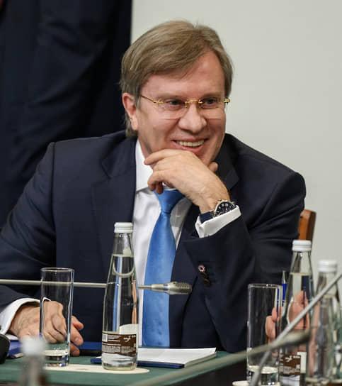 10 ноября. Министром транспорта РФ стал генеральный директор ПАО «Аэрофлот» Виталий Савельев