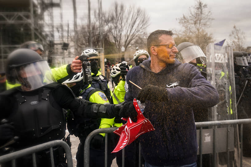 Разгон митинга в Вашингтоне