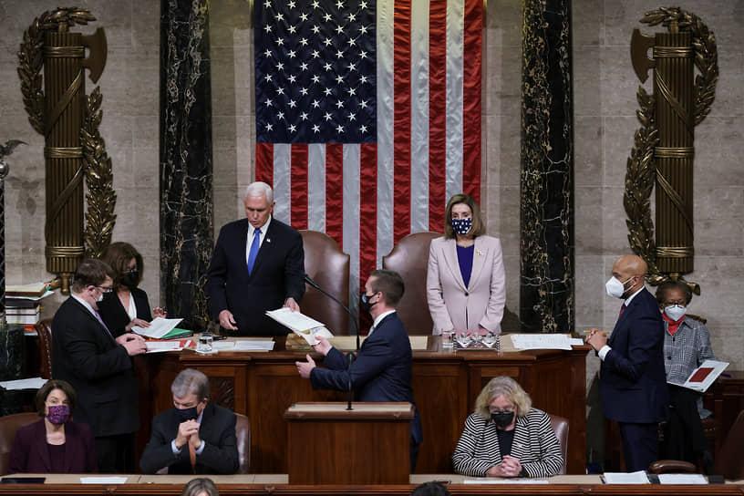 Джо Байден официально утвержден президентом США после подсчета голосов членами Конгресса