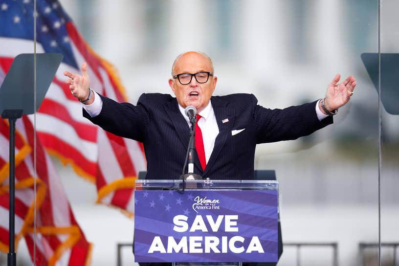 Личный юрист Дональда Трампа Рудольф Джулиани призвал дать демократам «испытание битвой»