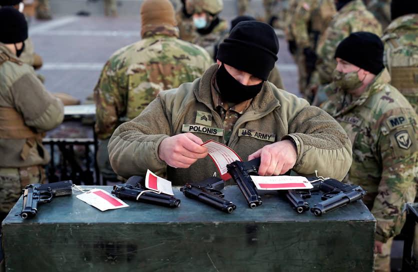 Все гвардейцы в здании Капитолия вооружены