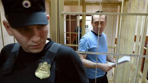 Дмитрия Захарченко вернули в суд  / Бывшему полицейскому предстоит второй процесс