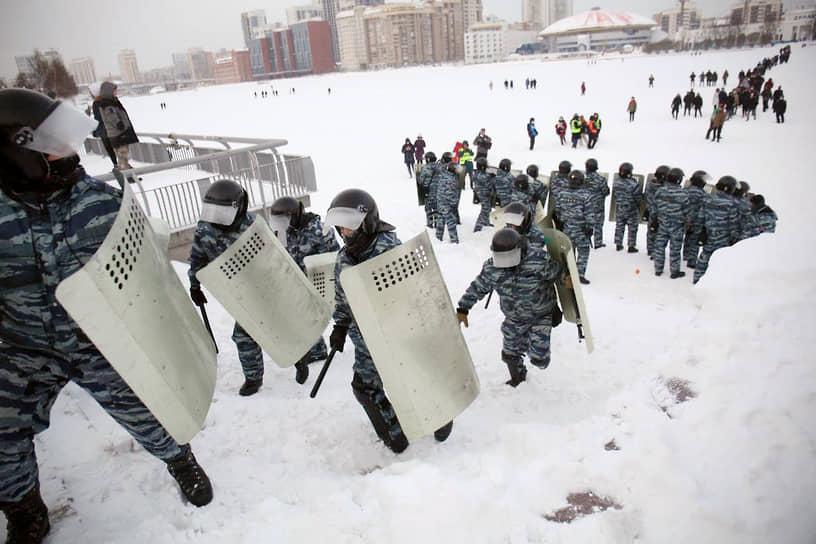 Известно о семи задержаниях в ходе акции в Екатеринбурге