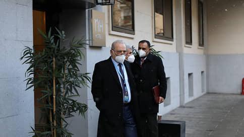 Сирийская оппозиция теряет однородность  / Между оппонентами Дамаска наметился раскол