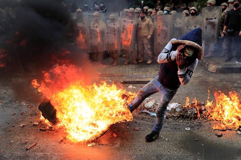 Триполи, Ливан. Акции протеста против коронавирусных ограничений