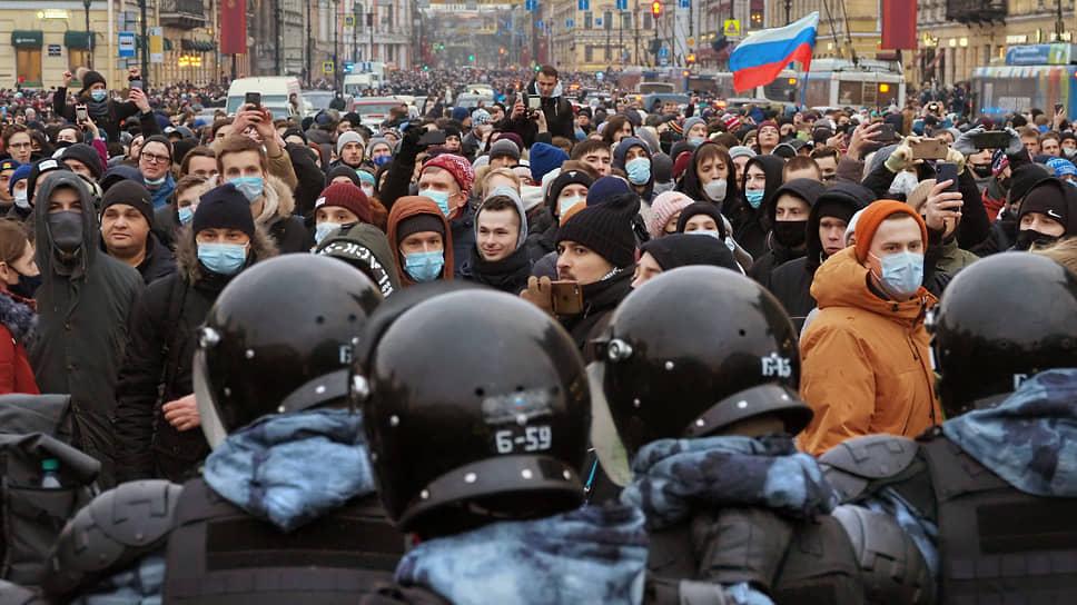 Кто выходит на протесты в России