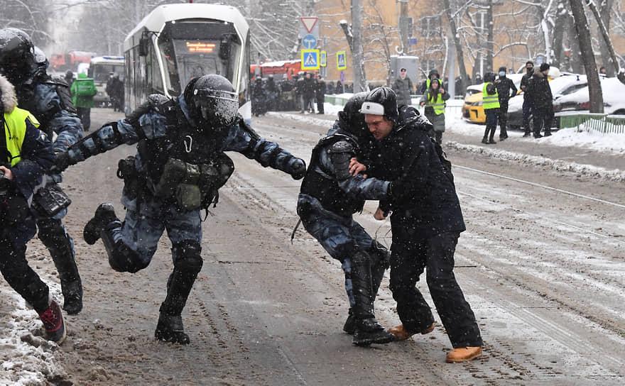 Задержание участников акции у «Матросской Тишины»