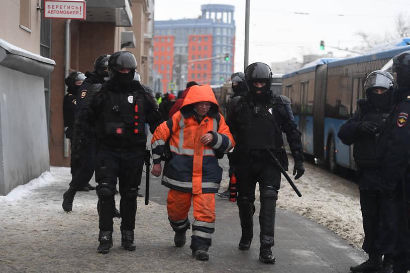 Задержание сотрудника коммунальных служб в Москве