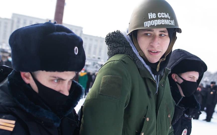 Задержание участника акции протеста в Калининграде
