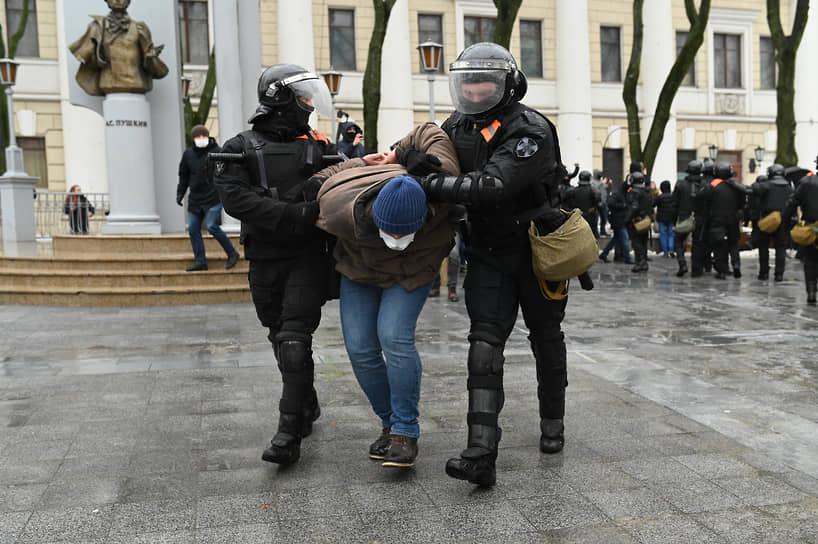 Задержание участника акции протеста в Воронеже