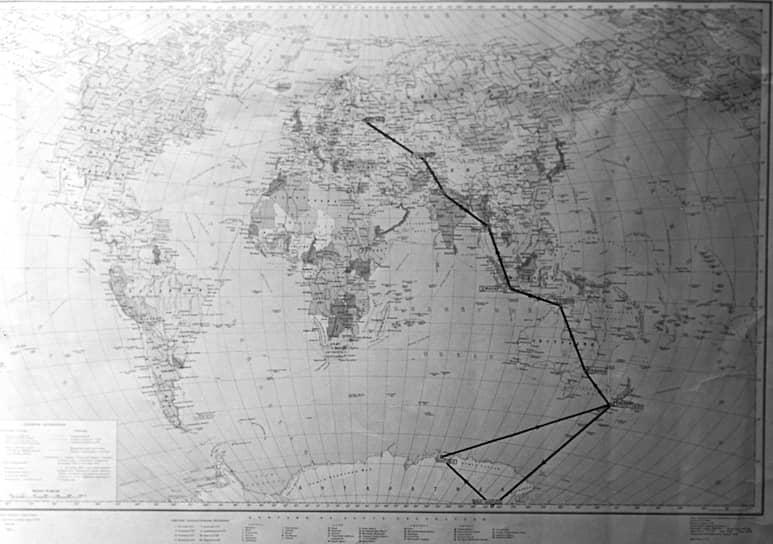 Карта с маршрутом антарктической экспедиции Москва — «Мирный» (Антарктида) — Москва