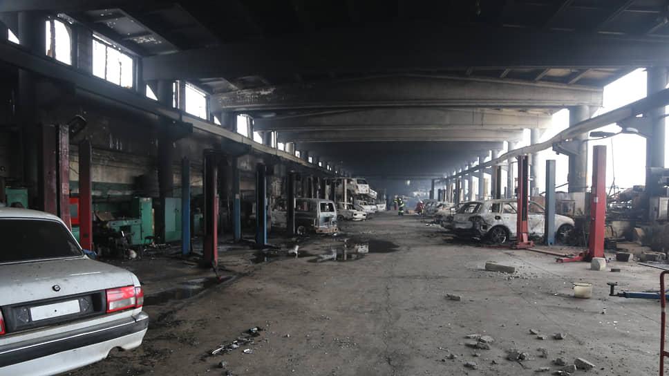 Последствия пожара на складе автозапчастей
