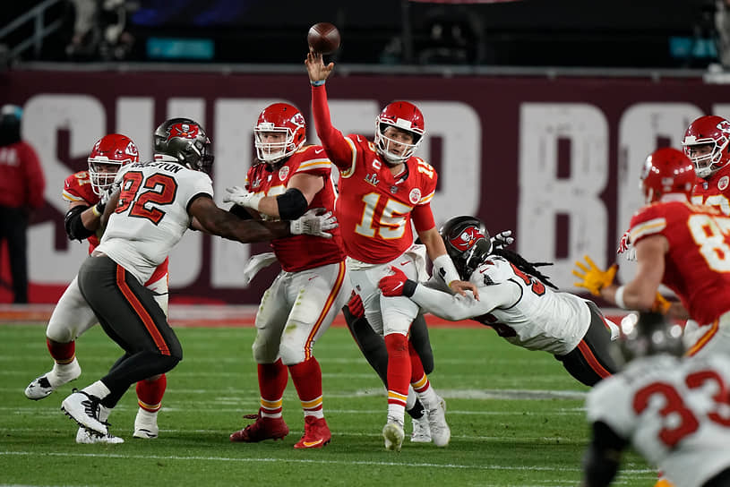 «Тампа-Бей Бакканирс» выиграл Super Bowl второй раз в истории и в первый раз с 2002 года