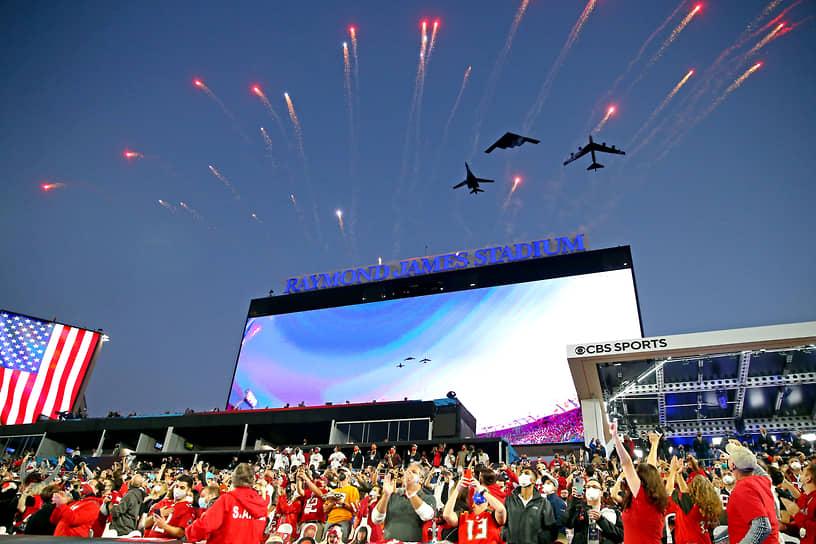 Super Bowl LV — 55-й по счету финальный матч за звание чемпиона Национальной футбольной лиги США (НФЛ) состоялся в 2:30 по московскому времени