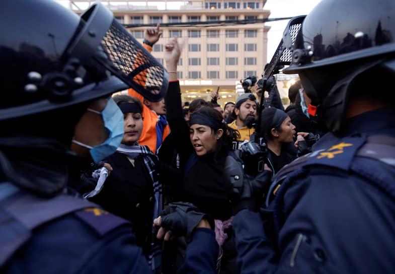 Катманду, Непал. Антиправительственные акции протеста