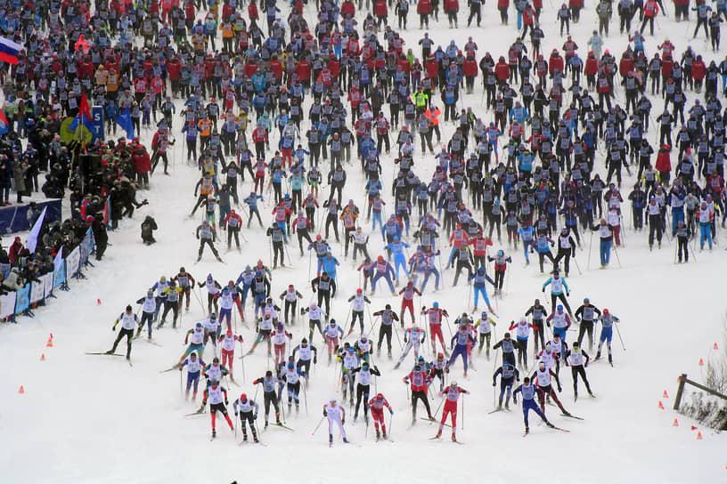 Московская область. Участники лыжной гонки «Лыжня России-2021»