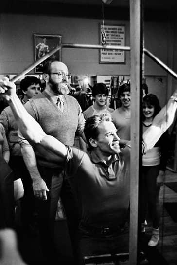 Бывший губернатор Калифорнии, актер Арнольд Шварценеггер назвал Юрия Власова «не просто отличным атлетом», но и «великим мыслителем». По его словам, советский штангист был одним из сильнейших людей в мире и «единственным в своем роде»