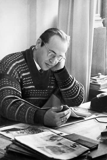 После ухода из спорта занялся публицистикой. С 1959 года выступал как автор очерков, рассказов и репортажей, посвященных спорту. Печатался в журналах, в 1964 году опубликовал первую книгу рассказов «Себя преодолеть». С 1968 года профессионально занимался литературным творчеством. Написал повесть «Белое мгновение» (1972), роман «Соленые радости» (1976), автобиографию «Справедливость силы» (1984) и другие произведения