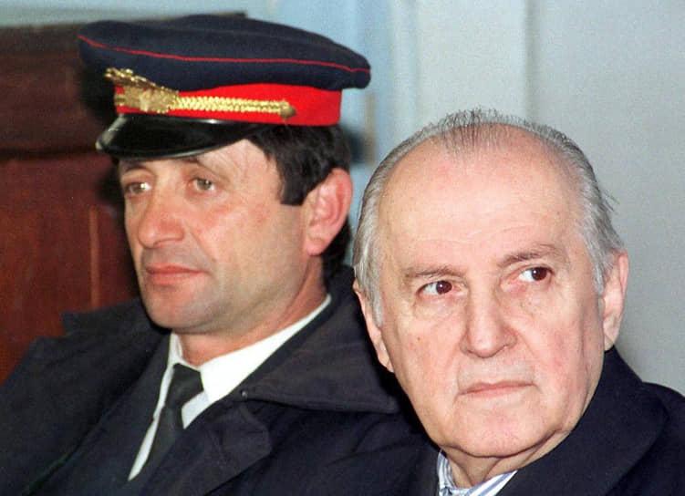 """РамизАлия считался претендентом на роль """"албанского Горбачева"""", но с ролью не справился"""