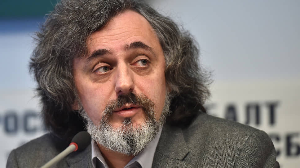 Директор информационно-аналитического центра центра «Сова»  Александр Верховский