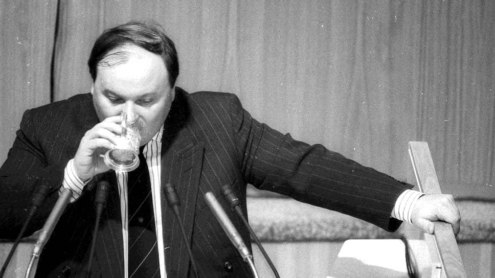 В ноябре 1991 года Егор Гайдар был назначен заместителем председателя правительства РСФСР по вопросам экономической политики. Именно ему выпало провести самые радикальные в новейшей истории России экономические реформы