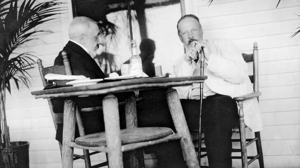 «Его положение в Портсмуте было так тяжело, что он иногда рыдал по ночам, будучи приведен в столь великое нервное расстройство» (на фото слева — барон Р.Р.Розен, справа — С.Ю.Витте. Портсмут, 1905 год)