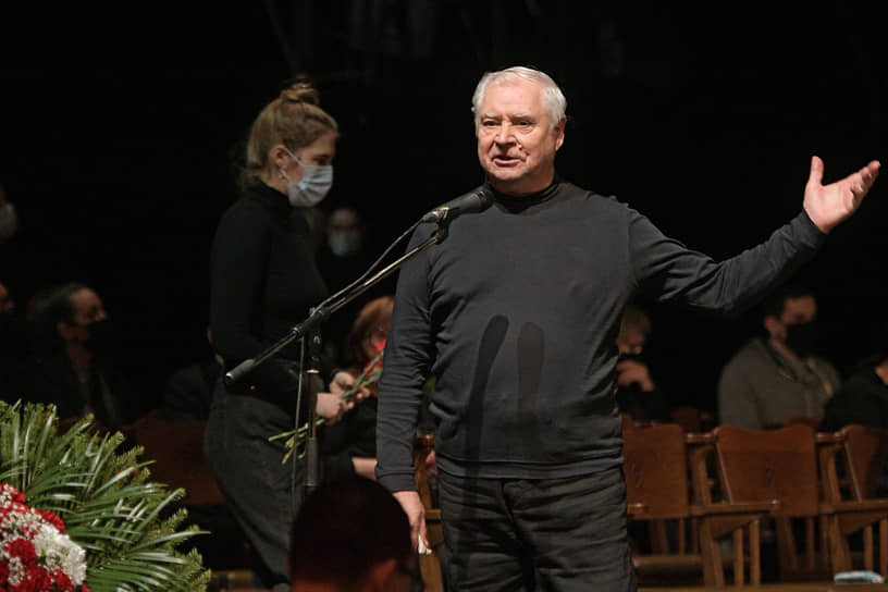 Актер Владимир Краснов