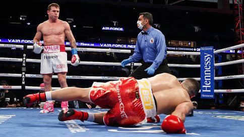 Сопернику Сауля Альвареса хватило трех раундов  / Выдающийся мексиканский боксер разгромил Авни Йылдырыма