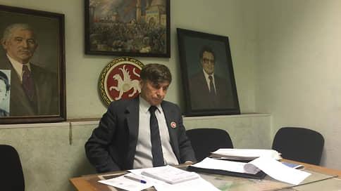 ВТОЦ подозревают в возбуждении ненависти  / В офисе татарских активистов прошел обыск