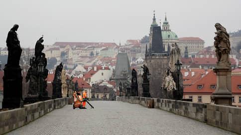 Чехия столкнулась с кризисным сценарием // Уровень заболеваемости в стране бьет мировые рекорды