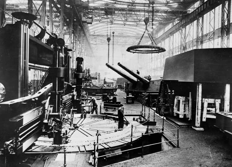 «Политически и экономически Россия и Германия связаны безусловно тесно, да еще вдобавок обе пострадавшие от войны» (на фото — завод Круппа в Эссене, 1920 год)