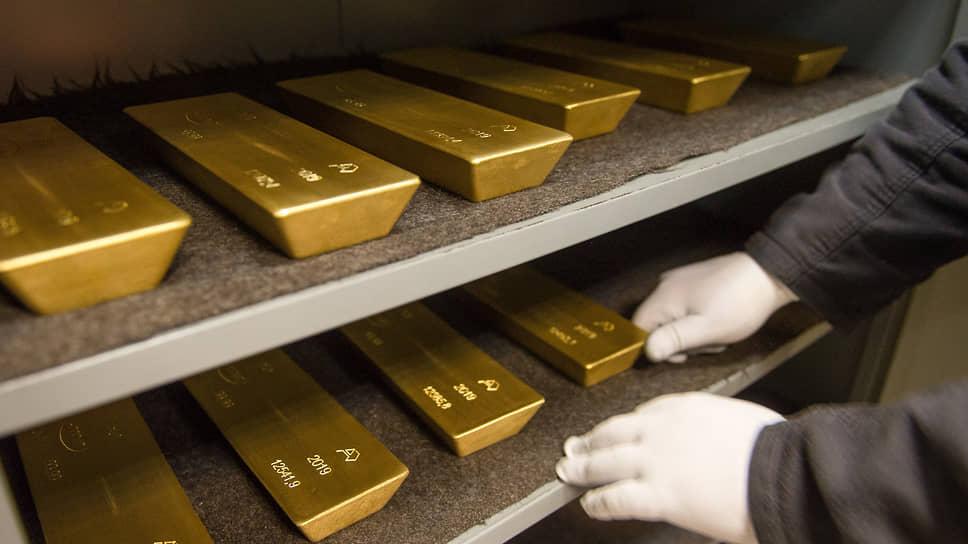 Золото проиграло ставкам