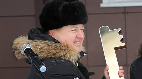 Министр начал брать через три месяца // Глава минздрава Республики Алтай задержан за взятки