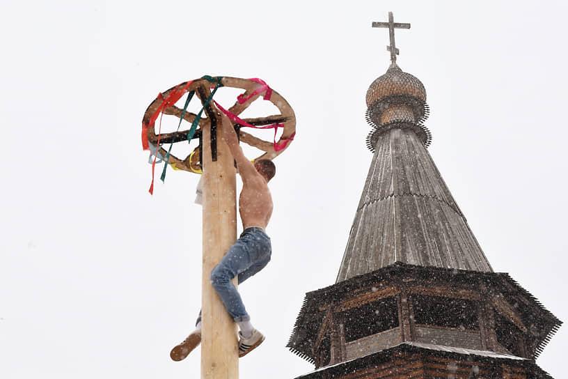 Соревнования по лазанию в Измайловском Кремле