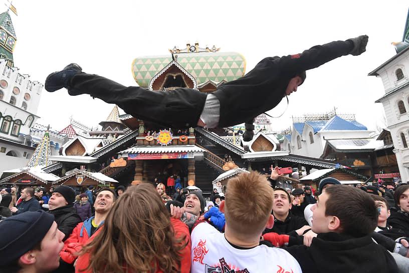 Празднование Масленицы на территории Измайловского Кремля