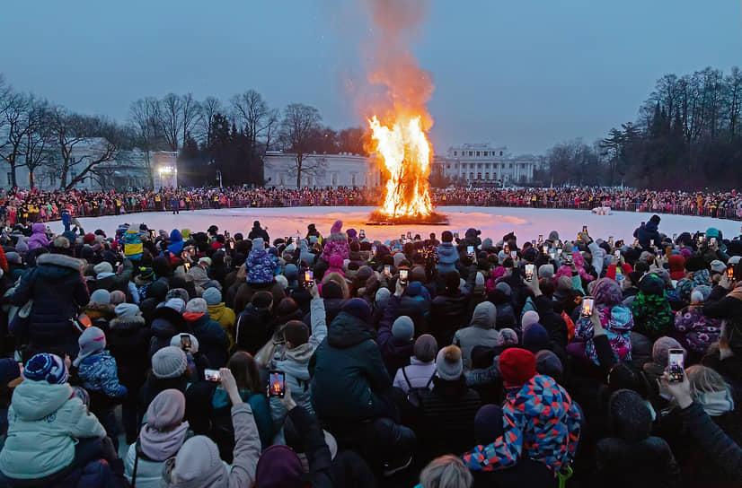 Сожжение чучела в Санкт-Петербурге