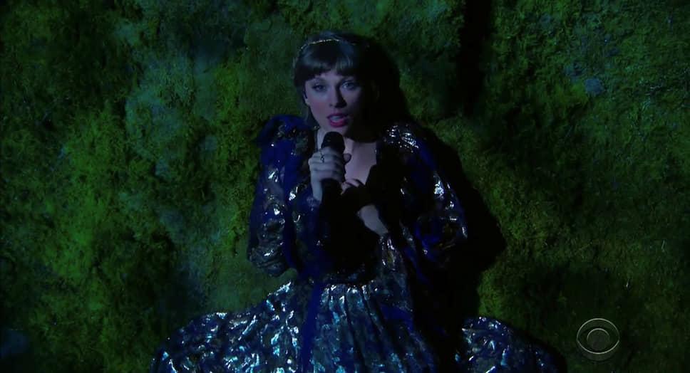 Альбом американской певицы, продюсера и актрисы Тейлор Свифт «folklore» стал лучшим по версии организаторов премии
