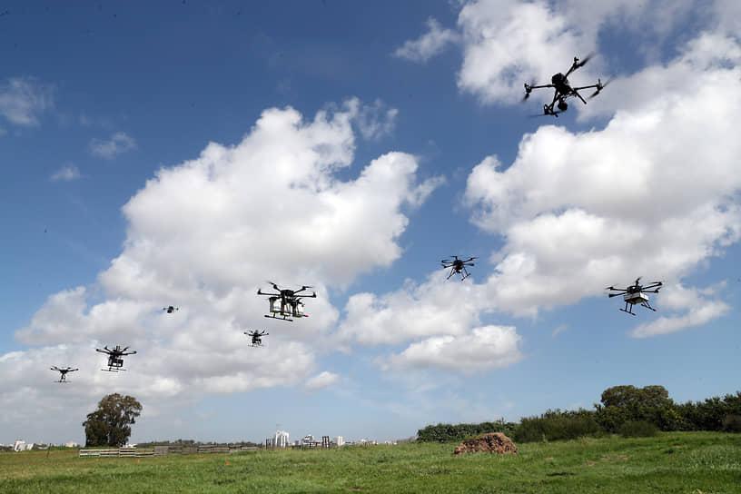 Хайфа, Израиль. Демонстрационный полет дронов-курьеров