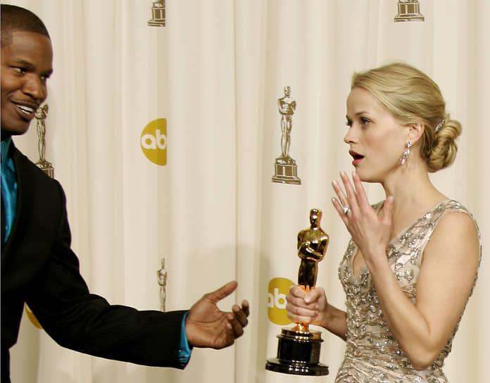 Признание кинокритиков Риз Уизерспун получила, сыграв Джун Картер в фильме «Переступить черту» (2005). За эту киноленту актриса была удостоена премий «Оскар», «Золотой глобус» и BAFTA