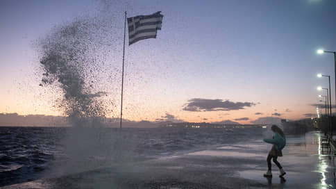Под греческим флагом  / Как республика отмечает национальный праздник и относится к историческим союзникам