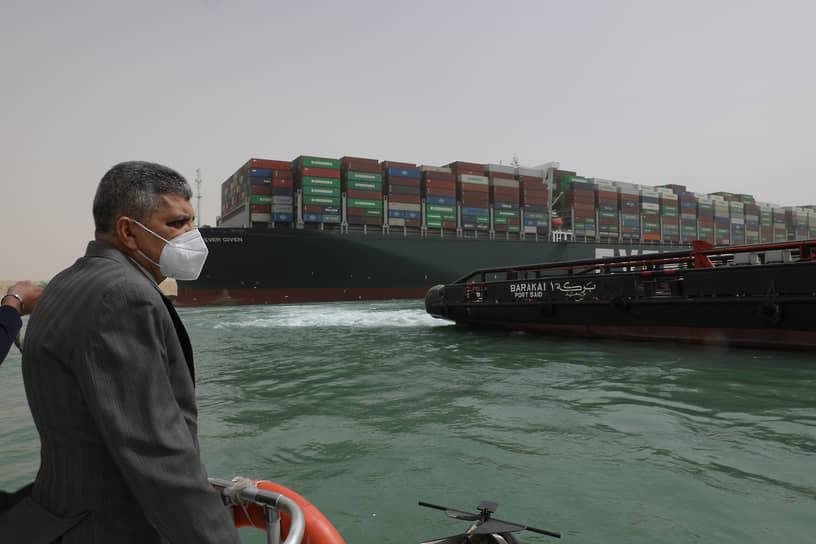 Египетские власти заявили, что потребуют компенсации от владельца судна Ever Given