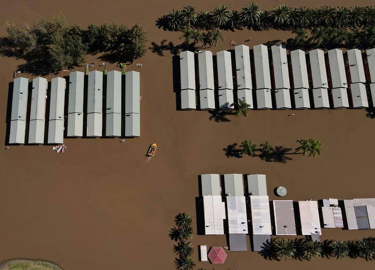 Уизманс-Ферри, Австралия. Последствия наводнения