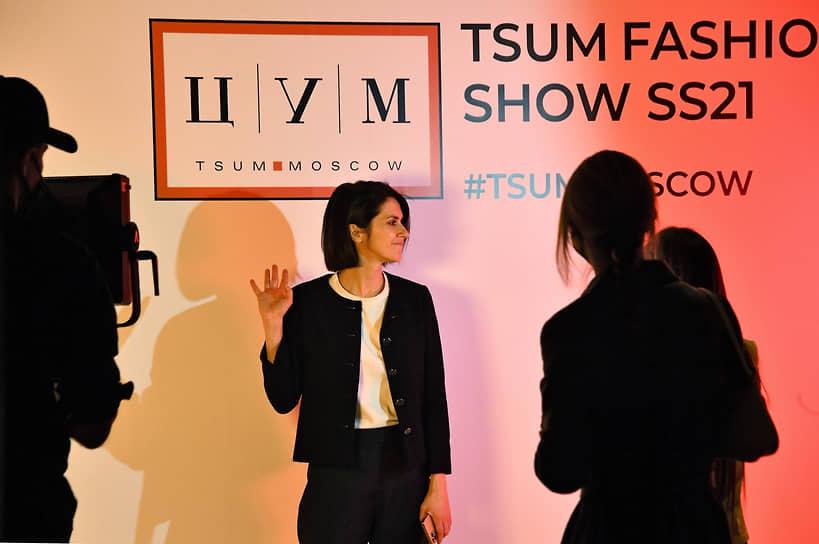 Главный редактор журнала Vogue Russia Ксения Соловьева во время показа TSUM fasion show SS21 в ЦУМе