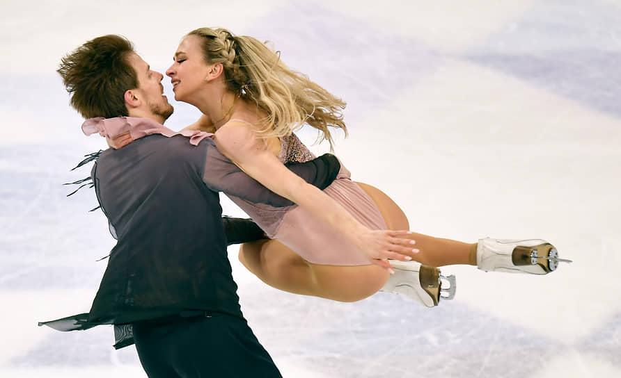 Россияне Виктория Синицина и Никита Кацалапов заняли 1-е место в танцах на льду
