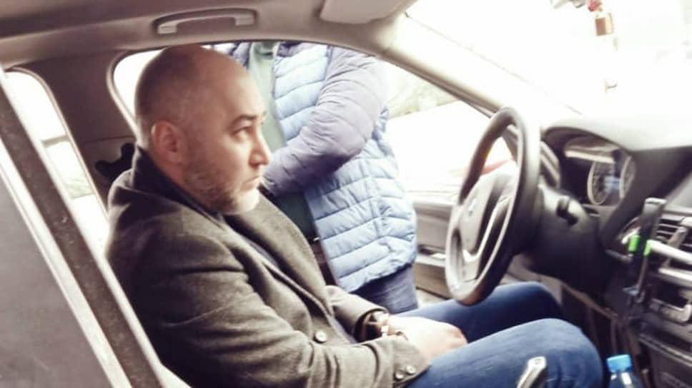 Сослан Гериев в своем BMW X5