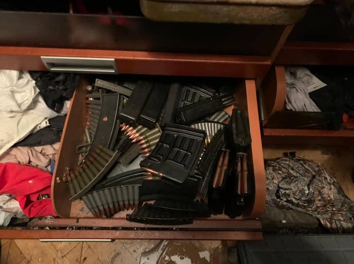 В доме Владимира Барданова был найден арсенал, с которым он мог продержаться несколько дней