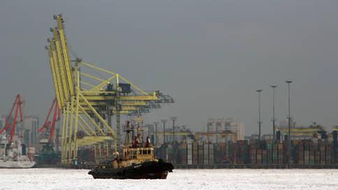 Стивидоры отказываются покидать Большой порт // Ассоциация морских портов против переноса мощностей в Усть-Лугу