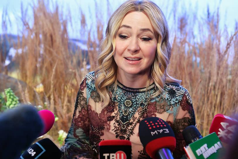 Продюсер Яна Рудковская во время церемонии вручения ежегодной премии GQ Super Women в театре «Школа современной пьесы»
